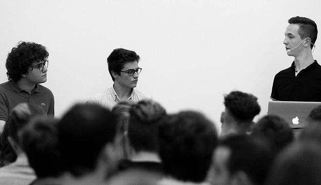 Orientation: Conférence Young Change Maker au Parlement Bruxellois
