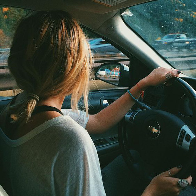 Orientation: Apprendre à conduire de manière professionnelle et sans ruiner, c'est possible!